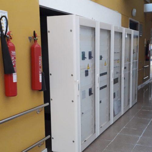 Instalación y puesta en marcha del sistema de alimentación ininterrumpida (SAI) en el hospital general de La Palma